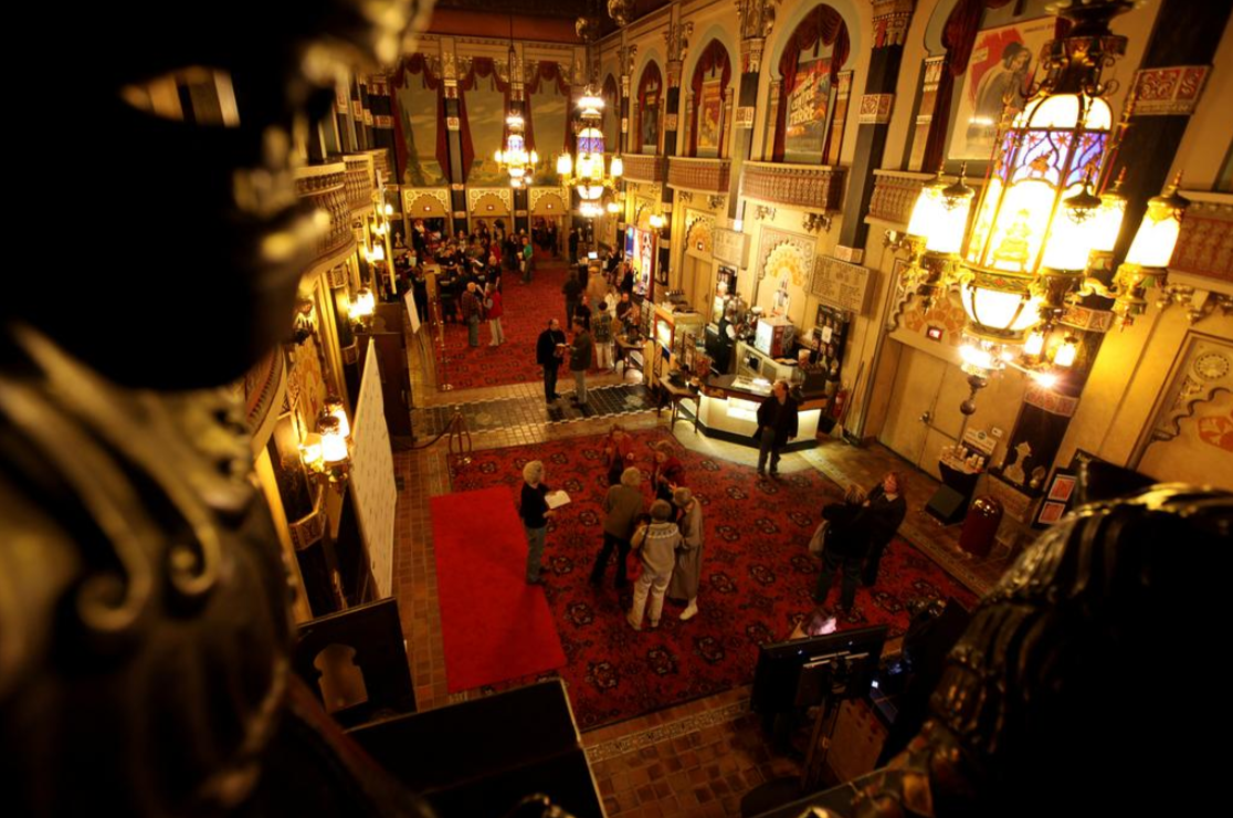 Oriental Theatre plans to remain closed into this fall