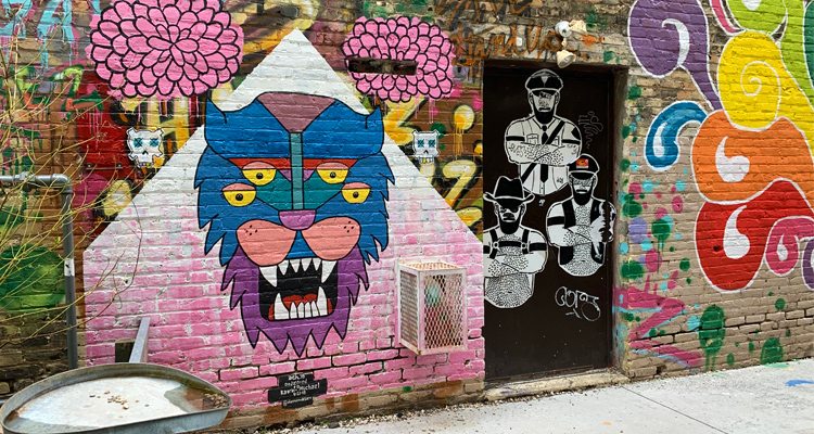 Mandatory Milwaukee: Black Cat Alley strikes a balance between art gallery and, well, alley